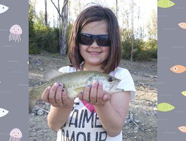 Claudia de pesca
